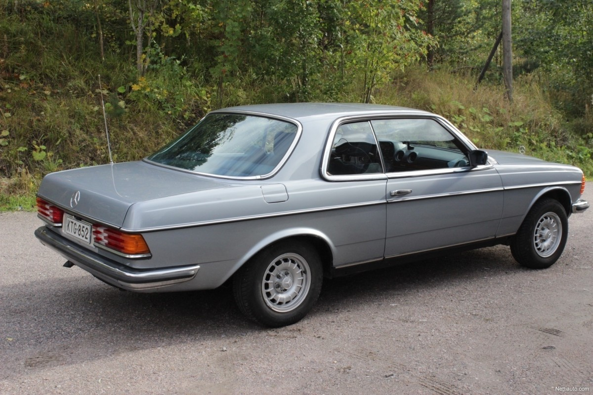 Mercedes-Benz-230-e7c0c3c065a750ba-large