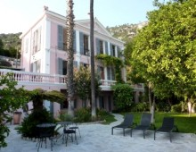 Villa Chrisoleina in Menton, weekly rental