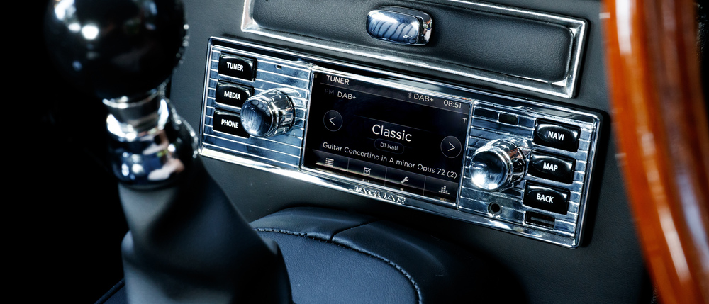 classic-infotainment-system