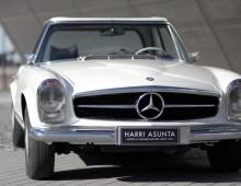"Mercedes-Benz 280 SL ""Pagoda"" 1970"