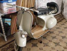 """Piaggio Vespa 125 """"Faro Basso"""" 1956"""