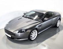 Aston Martin DB9 Coupé 2005